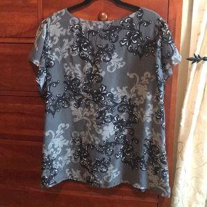Apt. 9 Tops - Apt. 9 2X short flutter sleeve blouse w/ruffles